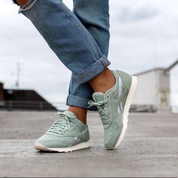 3c939e73e34 NIB Reebok Classic Nylon Cold Pastel Sneakers